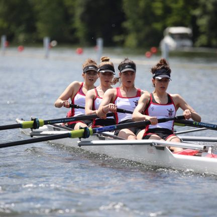 Collingwood students rowing in a four