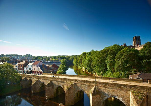 Elvet bridge and Durham Cathedral