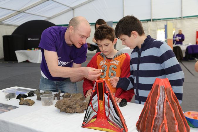 Children with Physics Outreach team