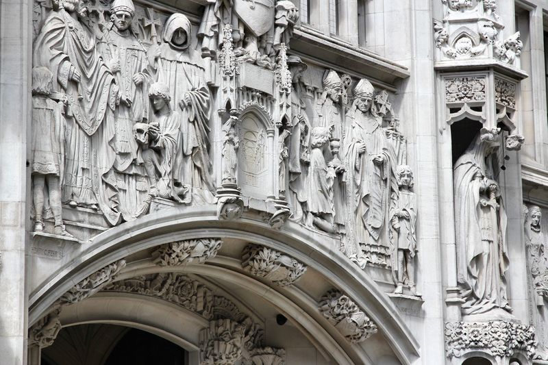 Carvings on an archway of the UK Supreme Court