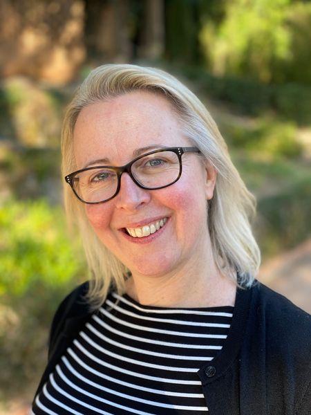 A headshot photo of Dr Alexandra Lamont